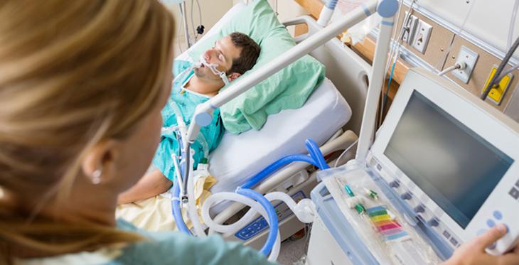eICU telemedicine nurse and patient